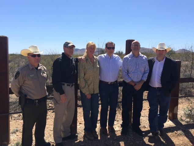 L-R: Sheriff Dannels, Rick Perry, Mom, Ted Cruz, Steve Ronnebeck, David Gowan